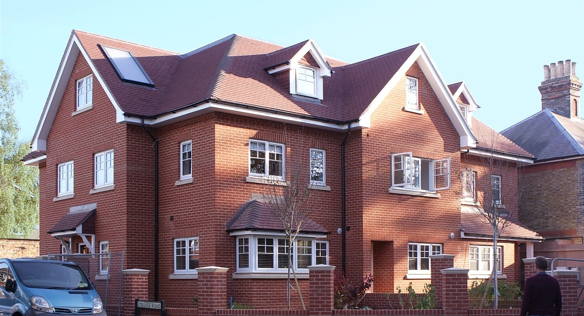 Elizabeth Villas in Epsom, Oakton Developments' luxury new houses for sale in Surrey